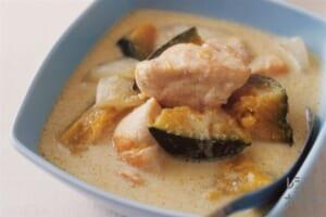 鶏肉とかぼちゃのココナッツミルクスープ