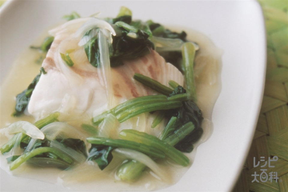 白身魚の野菜あんかけ(たい+玉ねぎを使ったレシピ)