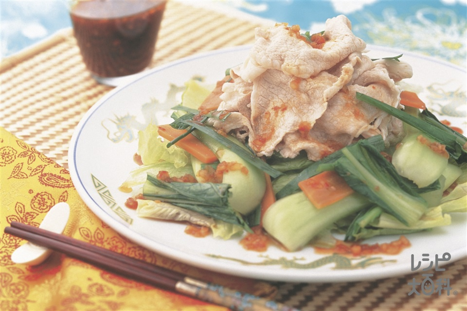 にらとチンゲン菜の豚しゃぶサラダ(豚ロースしゃぶしゃぶ肉+にらを使ったレシピ)