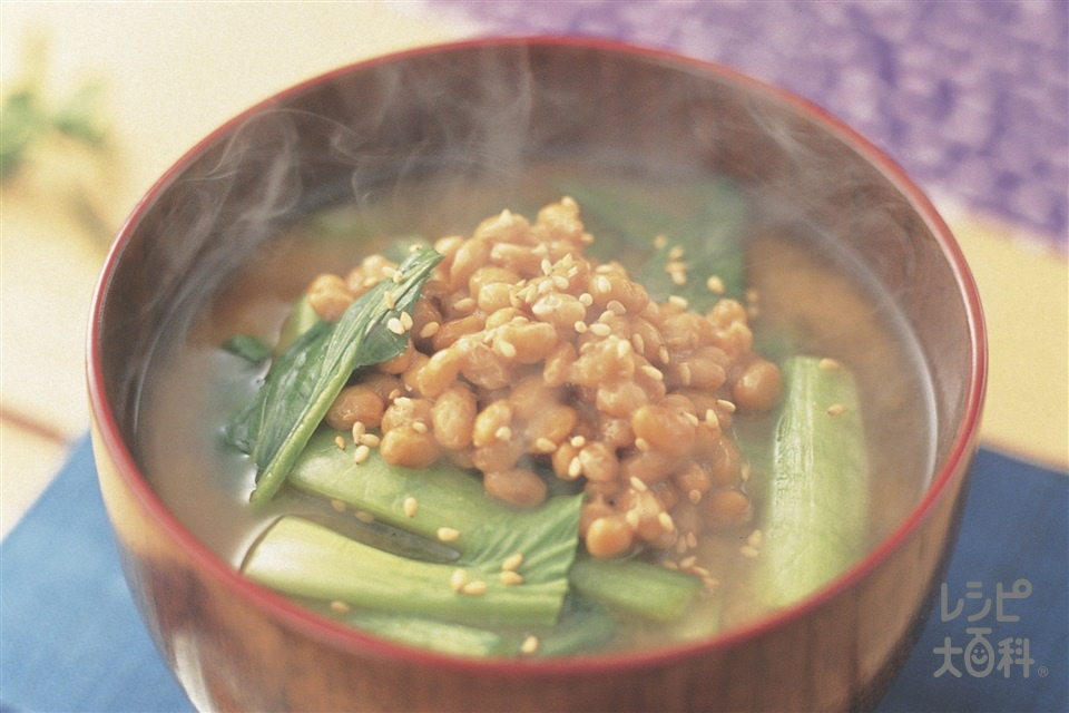 チンゲン菜と納豆のみそ汁(チンゲン菜+納豆を使ったレシピ)