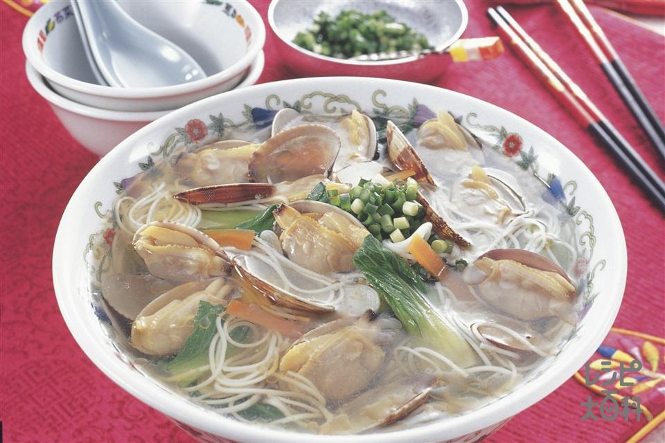 あさりとそうめんのスープ(そうめん+チンゲン菜を使ったレシピ)