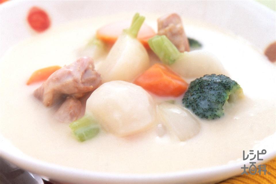鶏肉とかぶのシチュー(鶏もも肉+かぶを使ったレシピ)