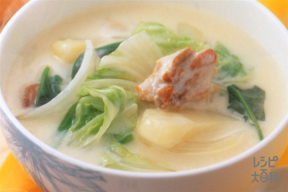 白菜と鶏肉のクリームスープ(白菜+鶏もも肉を使ったレシピ)