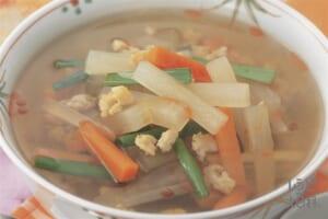 大根とにらのピリ辛中華スープ