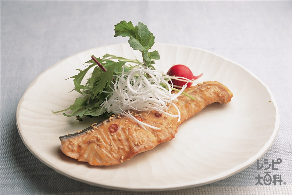 さけの中華マリネ焼き(生ざけ+ラディッシュを使ったレシピ)