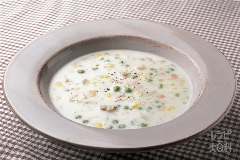 クラムチャウダー(あさりの水煮缶+牛乳を使ったレシピ)