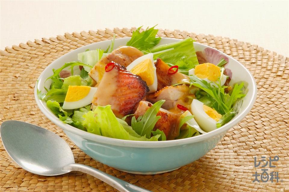 エスニック風親子サラダ(鶏もも肉+レタスを使ったレシピ)