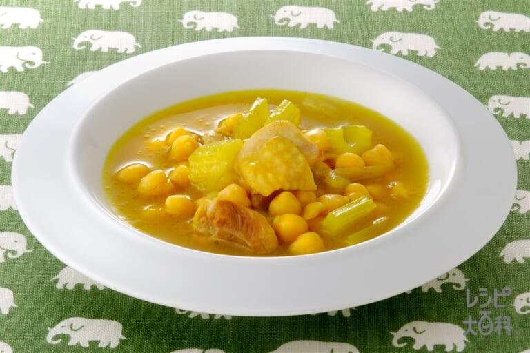 ひよこ豆と鶏肉のカレー風味スープ