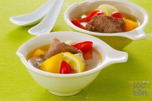 牛肉とカラーピーマンのレモンスープ