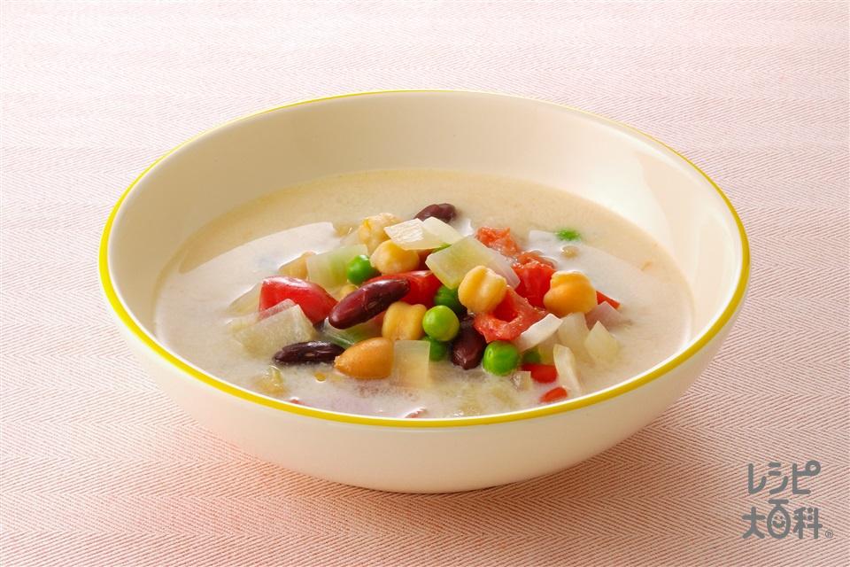 カラフル豆と豆乳のスープ