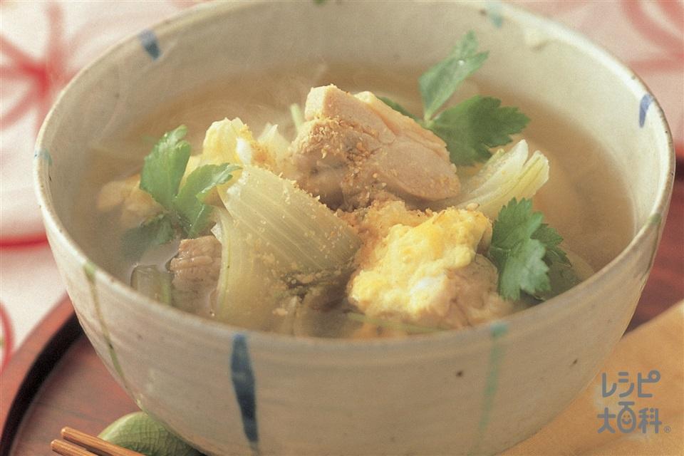 親子汁(鶏もも肉+玉ねぎを使ったレシピ)