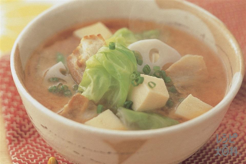 豚ばら肉とキャベツ・高野豆腐のおかず椀