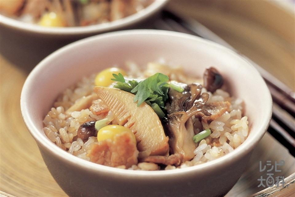 豚肉ときのこの混ぜご飯(豚バラ薄切り肉+Aしょうゆを使ったレシピ)