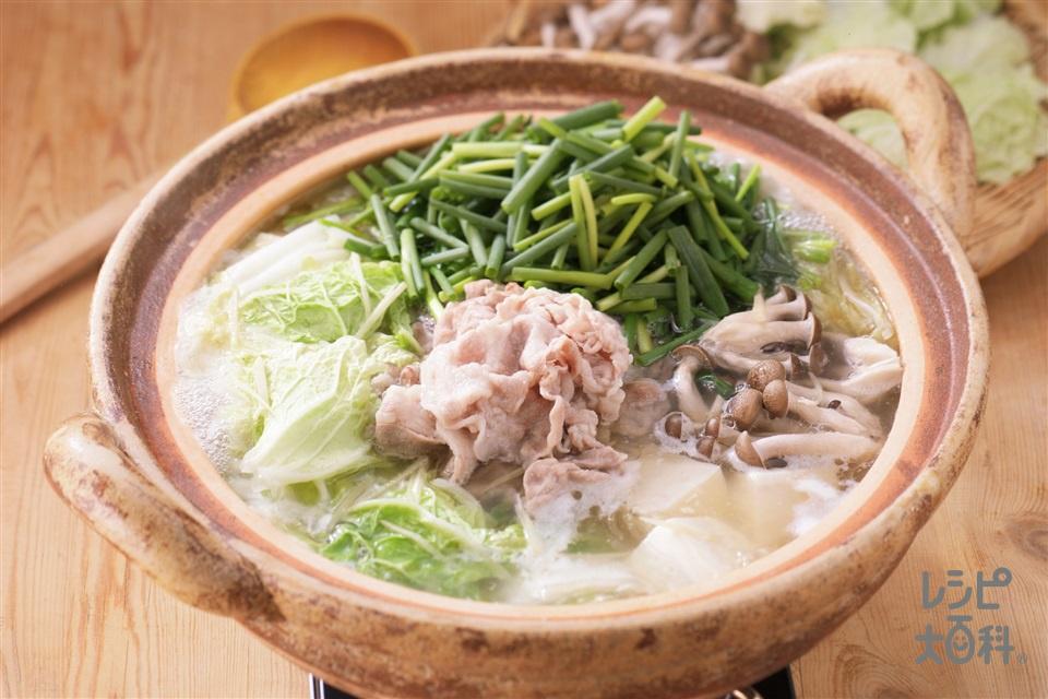 青ねぎたっぷり豚しょうが鍋(豚肩ロースしゃぶしゃぶ用肉+白菜を使ったレシピ)