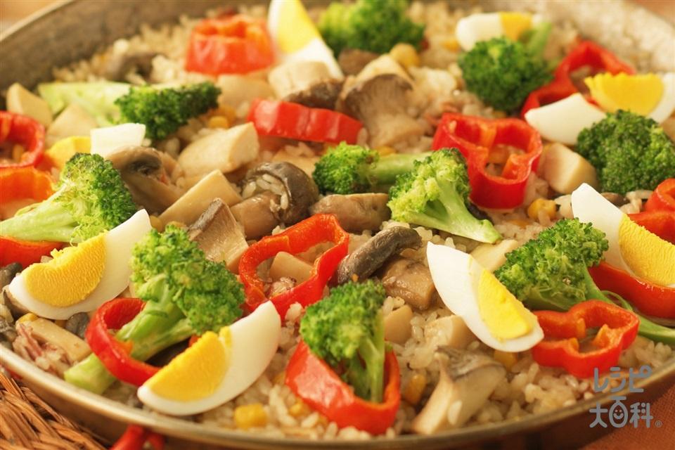 たっぷりきのこの野菜パエリア(米+ホールコーン缶を使ったレシピ)