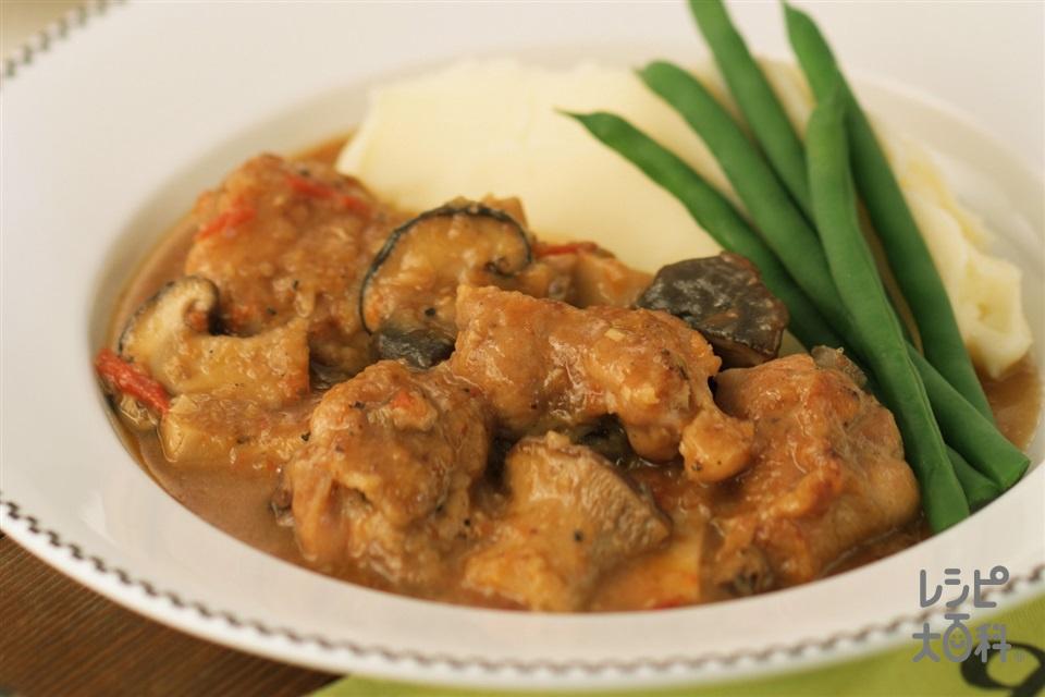 きのこと鶏肉のビール煮(鶏骨つきもも肉+じゃがいもを使ったレシピ)