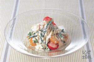 オクラとミニトマトのマヨ豆腐サラダ