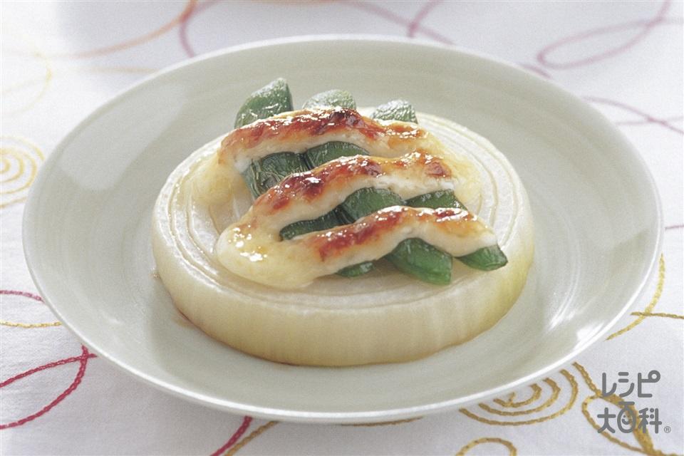 新玉ねぎの焼きサラダ(玉ねぎ+スナップえんどうを使ったレシピ)