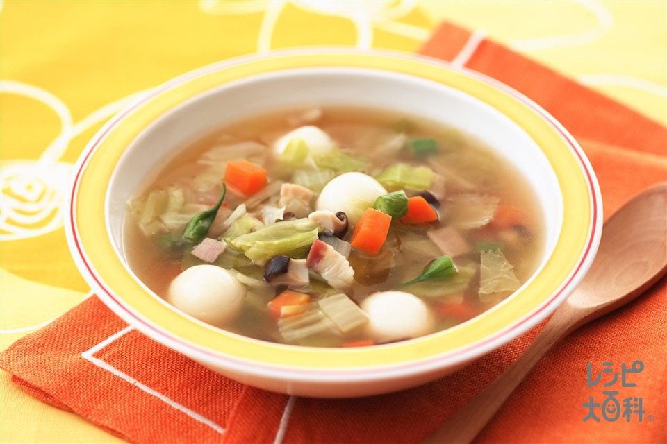 キャベたまモチモチスープ(キャベツ+にんじんを使ったレシピ)