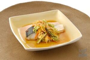 野菜とさわらのピリ辛レンジ蒸し