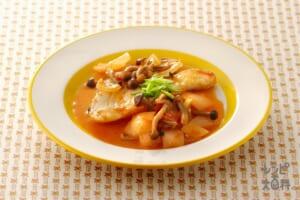白身魚のチリトマトヨーグルト煮