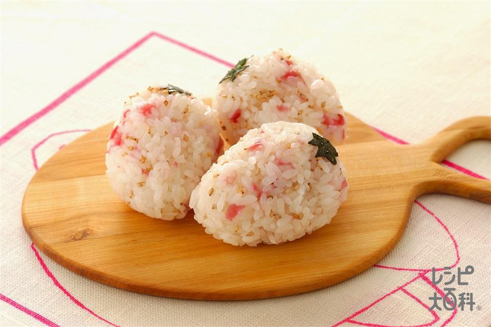 いちごにぎり(ご飯+梅肉を使ったレシピ)
