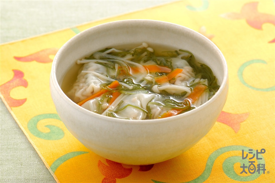 めかぶ入りワンタンスープ(刻みめかぶ+豚ひき肉を使ったレシピ)