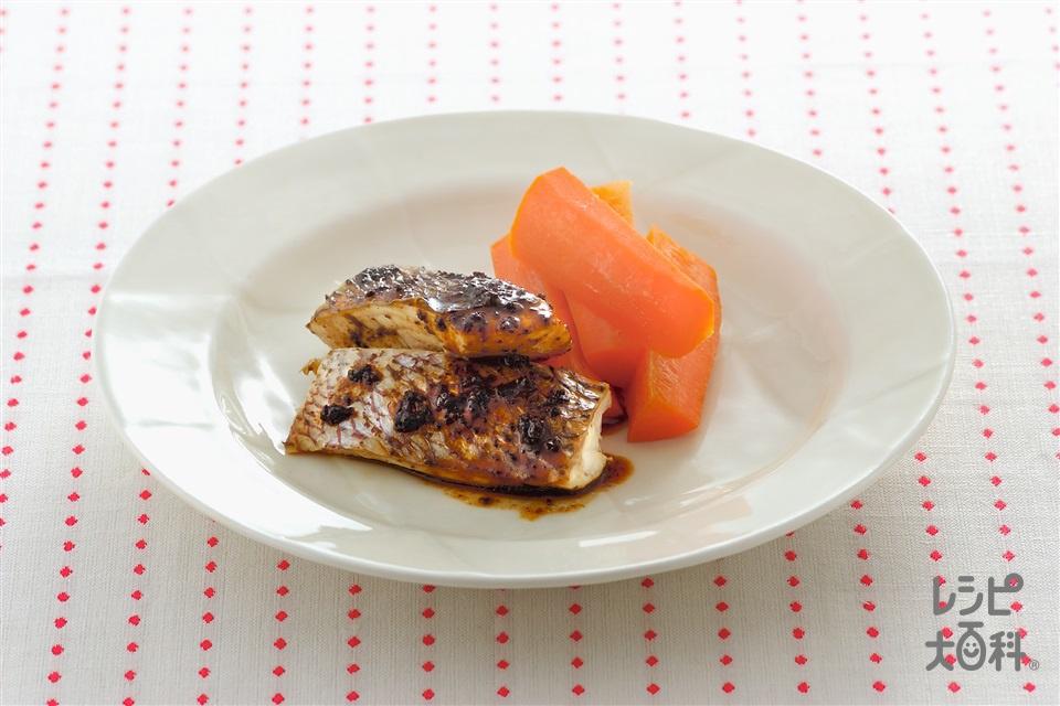 たいの豆チ醤蒸し(たい(切り身)+にんじんを使ったレシピ)