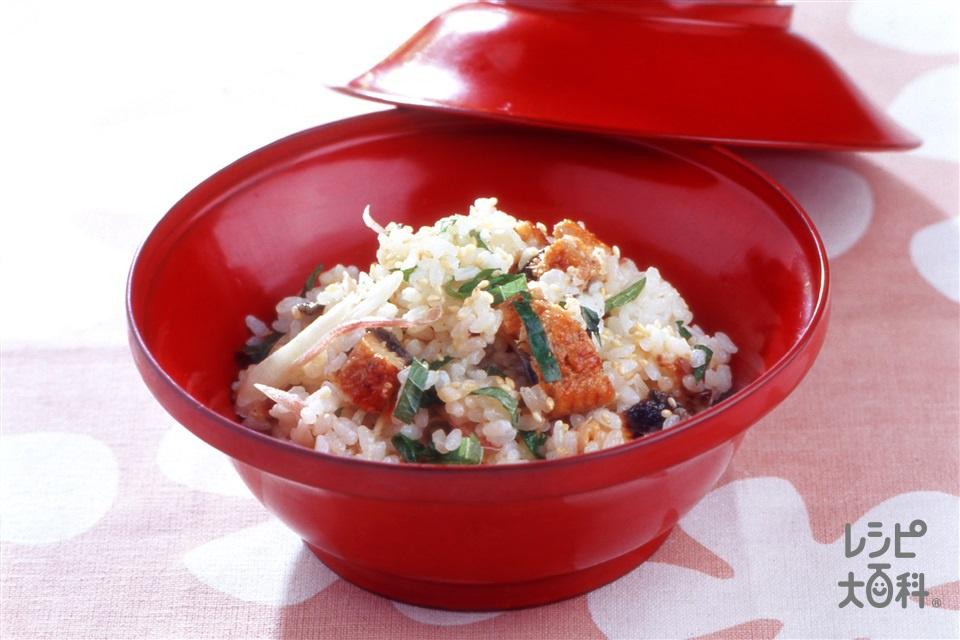 うなぎの蒲焼きとみょうがの混ぜご飯(うなぎのかば焼き+ご飯を使ったレシピ)