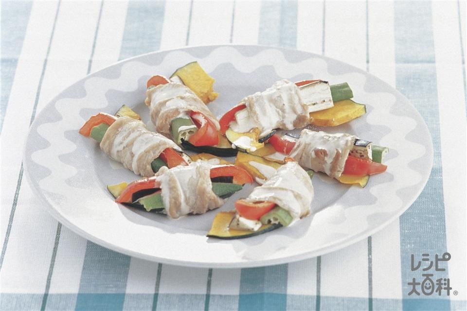 夏野菜の巻き焼きマヨソースかけ(豚もも肉+かぼちゃを使ったレシピ)