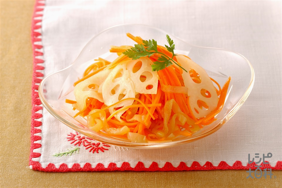 にんじんとくらげ、れんこんのサラダ(にんじん+れんこんを使ったレシピ)