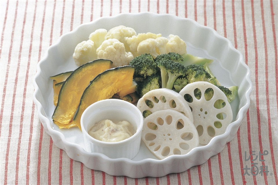 蒸し野菜のアンチョビソース(カリフラワー+かぼちゃを使ったレシピ)