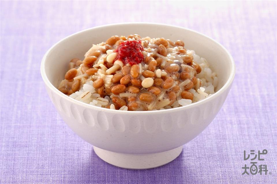 えのき納豆かけ押麦ご飯(押麦ご飯+納豆を使ったレシピ)