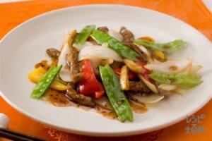 彩色牛肉絲(色々野菜と牛肉の香り炒め)