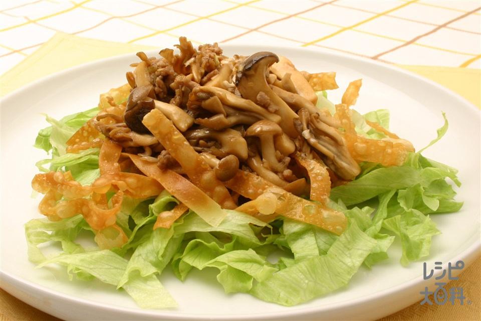 きのことレタスのシャキシャキサラダ仕立て(レタス+豚ひき肉を使ったレシピ)