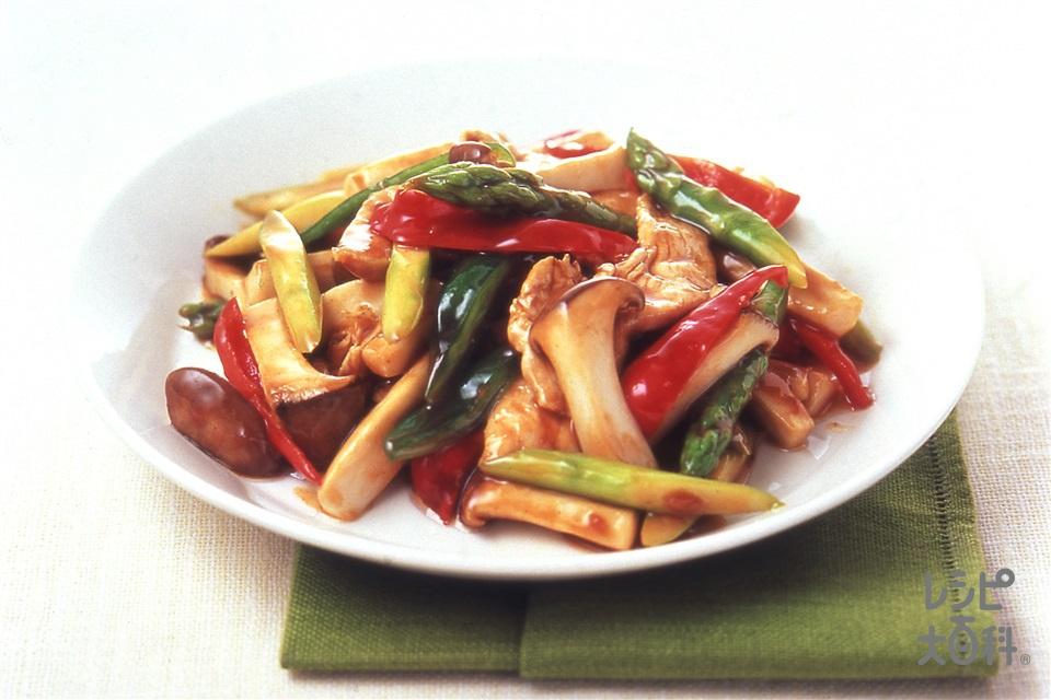 鶏肉とエリンギ、アスパラのオイスターソース炒め(鶏むね肉+エリンギを使ったレシピ)