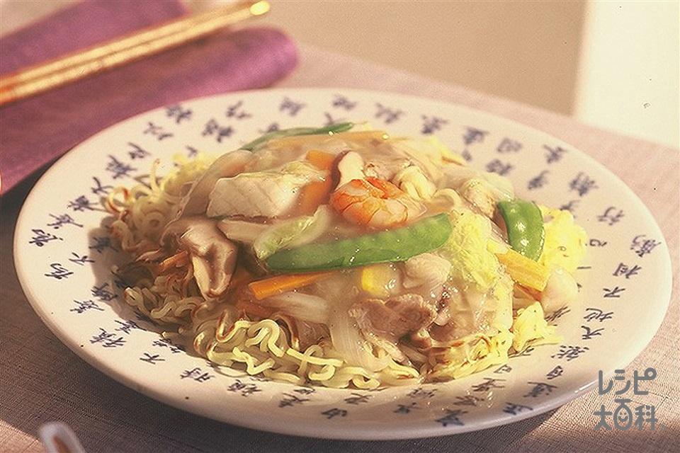 あんかけ焼きそば(中華蒸しめん+豚バラ薄切り肉を使ったレシピ)