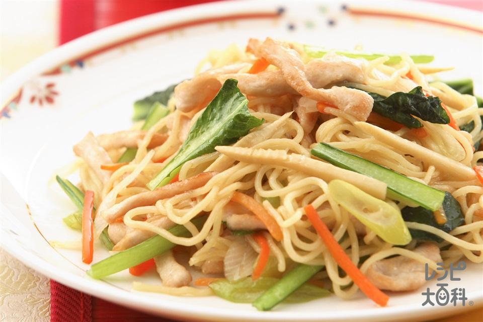 鶏肉と野菜の五目焼きそば(鶏むね肉+A「味の素」を使ったレシピ)