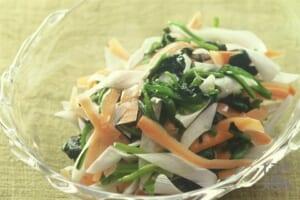 ほうれん草とにんじんのサラダ