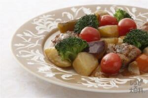 三芋黒椒鶏(イモ・いも・芋 三つのおいもチキン)(里いも+ブロッコリーを使ったレシピ)