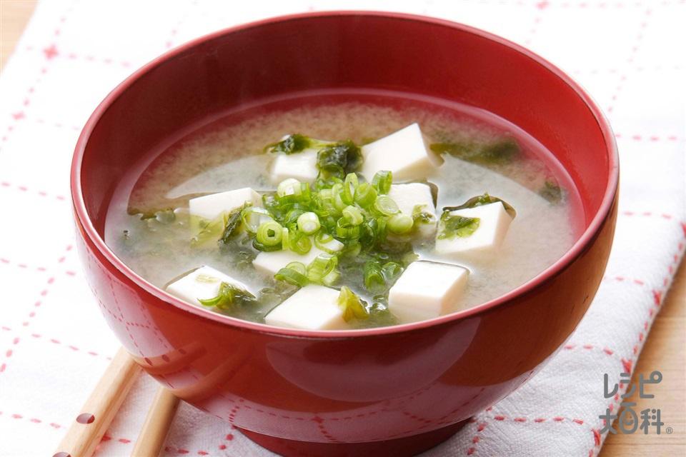 あおさと豆腐のみそ汁(あおさ+絹ごし豆腐を使ったレシピ)