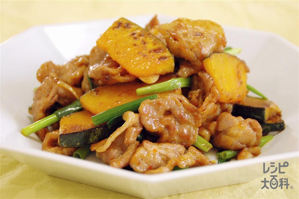 豚肉とかぼちゃのピリ辛中華炒め(豚肩ロース薄切り肉+かぼちゃを使ったレシピ)