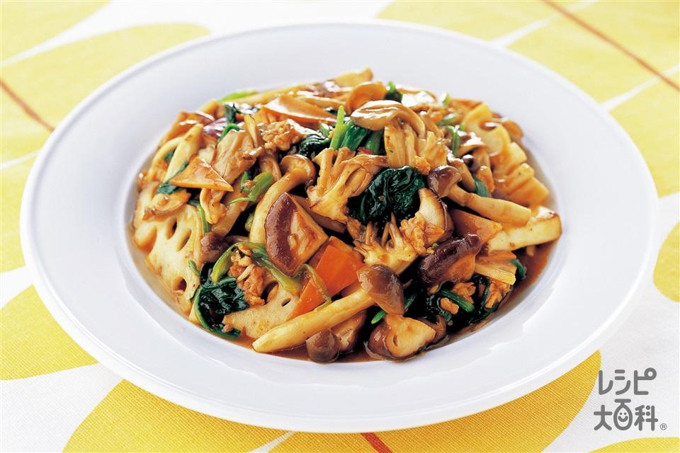 たっぷりきのことほうれん草のピリ辛麻婆炒め(鶏ひき肉+まいたけを使ったレシピ)