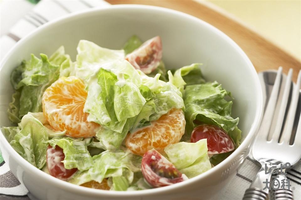 みかんとレタスのスイートサラダ
