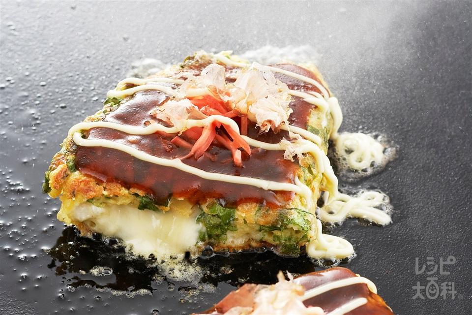 中からとろーりチーズお好み焼き(小松菜+薄力粉を使ったレシピ)