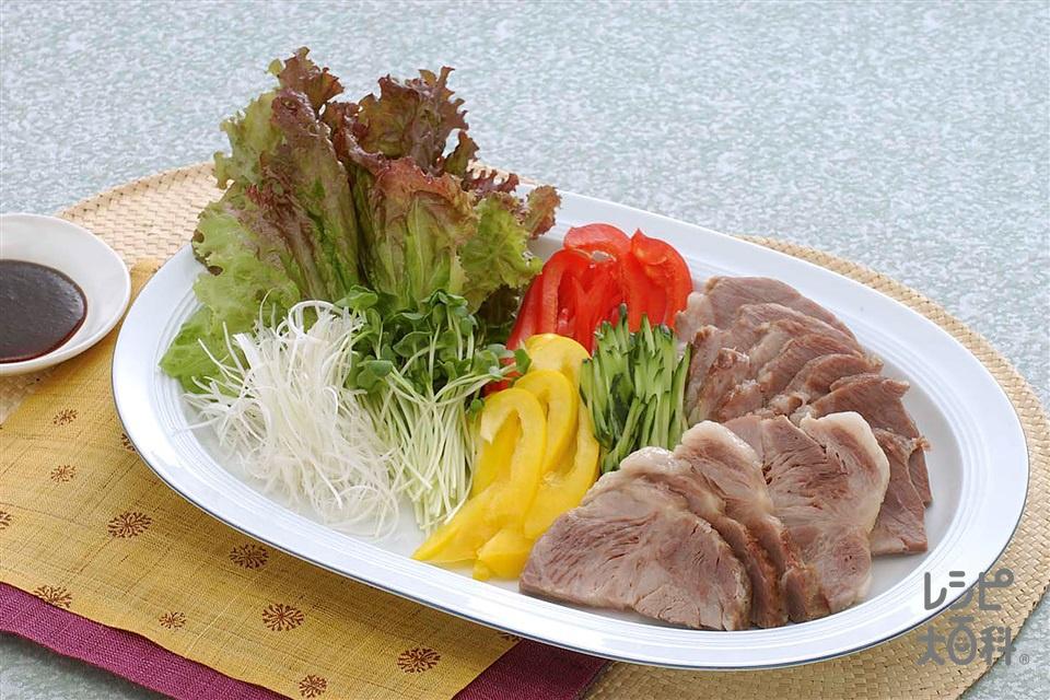 塩豚の野菜巻き(サニーレタスを使ったレシピ)