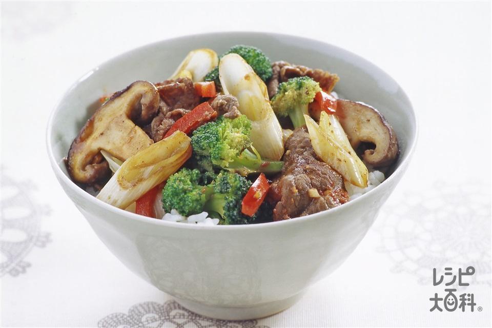 ブロッコリーと牛肉のオイマヨどん(ブロッコリー+ご飯を使ったレシピ)