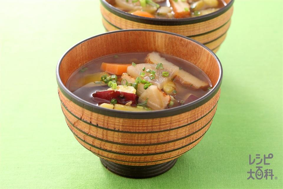 根菜とさつま揚げのみそ汁(さつまいも+さつま揚げを使ったレシピ)