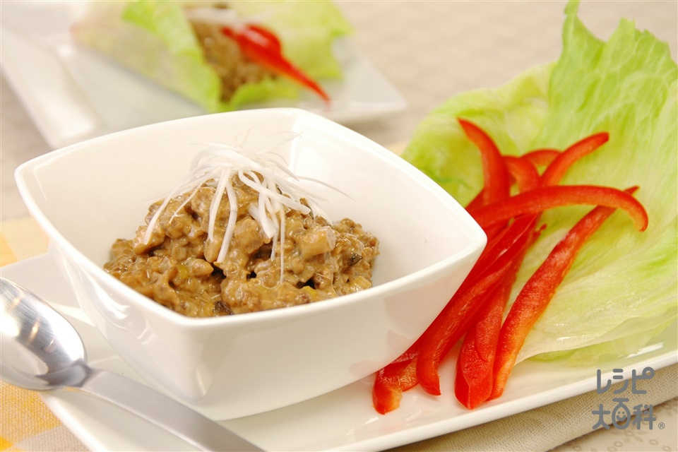 肉そぼろのレタス包み(豚ひき肉+レタスを使ったレシピ)