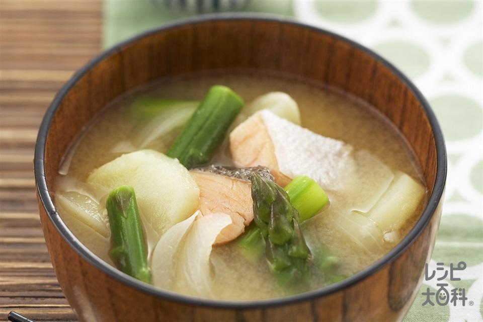 三平汁(甘塩ざけ+じゃがいもを使ったレシピ)